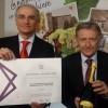 Gianpaolo Fornasari E Il Premio Dato Allo Spumante Venus 128903.660x368